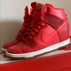 NIKE Red Dunks Sneakers